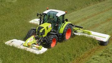 AdBlue et cabine panoramique pour les nouveaux tracteurs Claas (90-140 ch)
