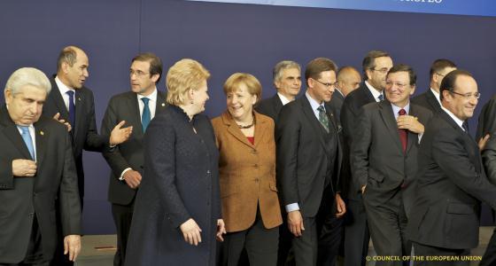 Photo de famille des Vingt-sept en novembre 2012 au Conseil européen.