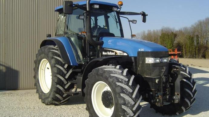 New Holland TM 155 Range Command
