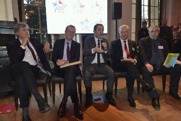 Trois ministres r�unissent sept fili�res autour du label � Viande de France �