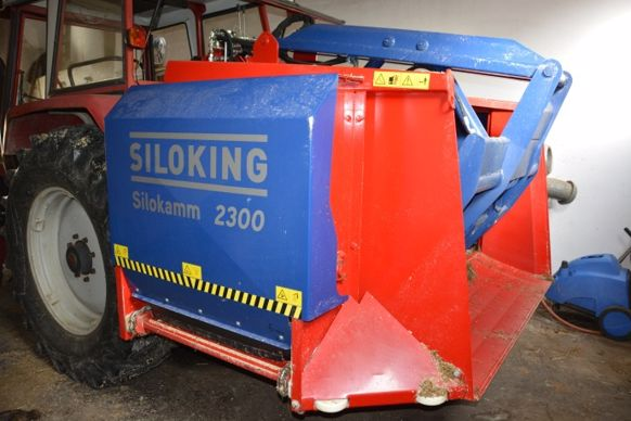 Désileuse distributrice porté Siloking suffit pour 50 vaches.