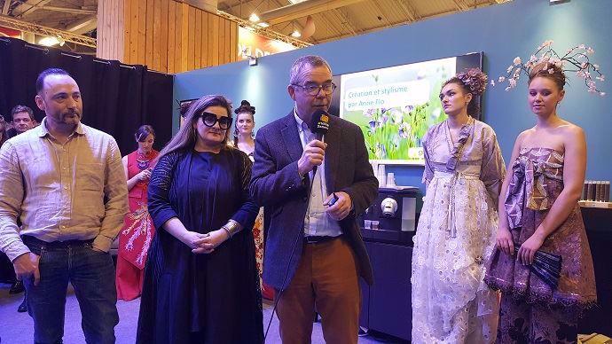 Laurent Cazenave, chargé de communication à la coopérative Terre de lin, Anne Flo, styliste normande, et Jérôme Lheureux, responsable de la section lin et chanvre du Gnis.