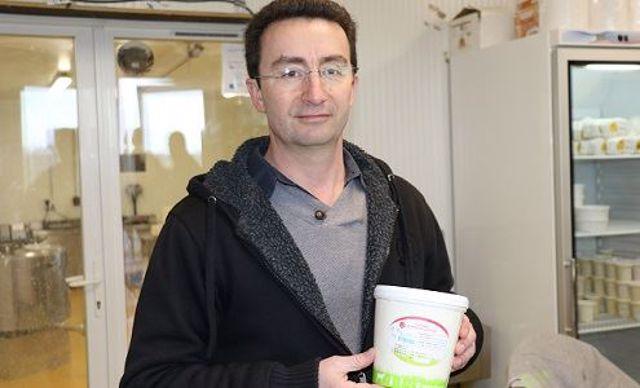 Charles Bertholet, gérant de Glace concept