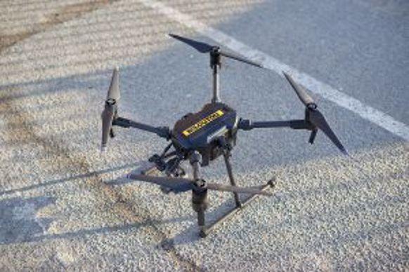 Kiloutou propose une offre de location combinant le drone et le pilote.