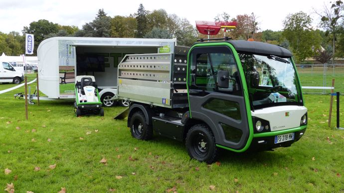 Le véhicule électrique Etesia ETLander a obtenu le prix de l'innovation dans la catégorie