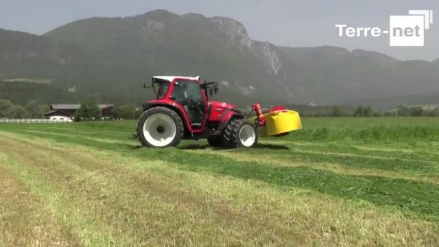 Un tracteur polyvalent, efficace et confortable
