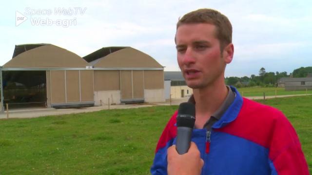 Une stabulation multi-chapelles pour 110 vaches en Mayenne