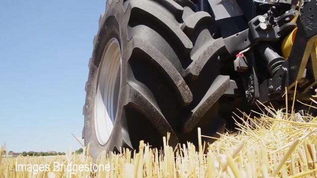 Bridgestone se lance dans le pneu agricole haut de gamme avec le VT Tractor