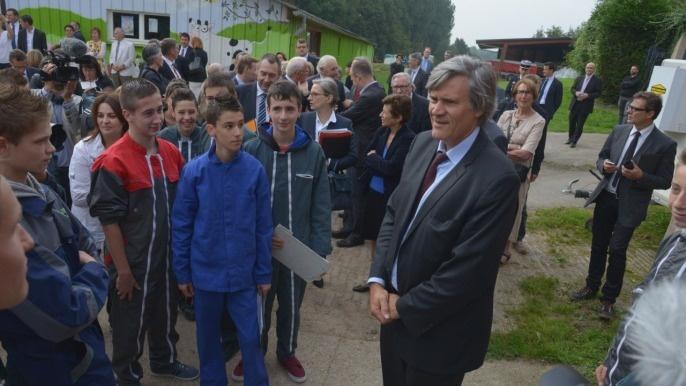 Au lycée du Paraclet (Somme), Stéphane Le Foll devant les élèves, les apprentis et les enseignants de l'établissement en septembre 2014.
