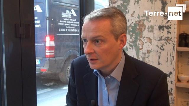 Bruno Le Maire critique la politique agro-écologique «fumeuse» deS. Le Foll