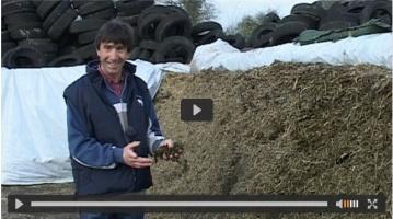 Un éleveur qui transmet sa passion pourl'alimentation des sols et des vaches