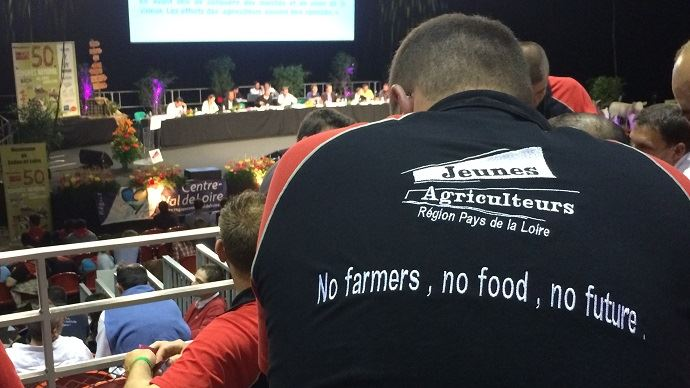 Au congrès de Jeunes agriculteurs à Macon, les jeunes installés ont débattu pendant de nombreuses heures de leur rapport d'orientation.