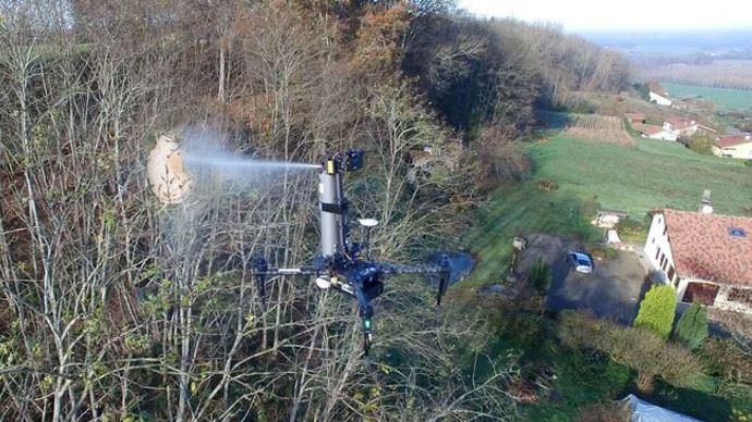 Spray Hornet, le drone qui pulvérise