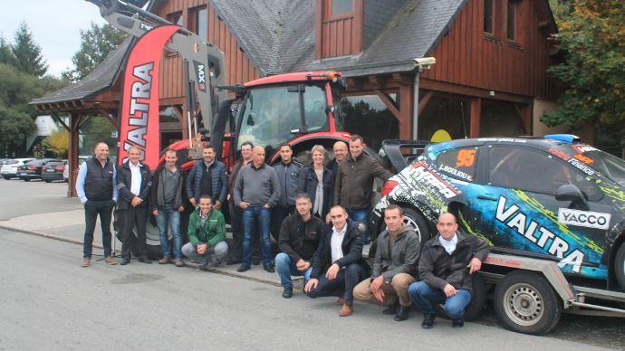 Rallycross Valtra à Lohéac.
