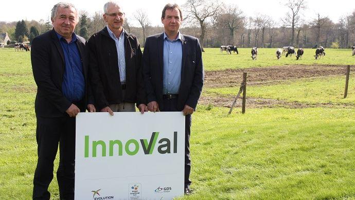 Jean-François Tréguer, président de GDS Bretagne, Jo, Jaouen, président du BCEL Ouest et Vincent Rétif, président d'Evolution, posent ensemble pour leur entité commune: Innoval.