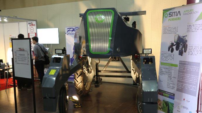 Pumagri s 39 est fait remarquer au salon de la robotique paris for Salon de la manutention