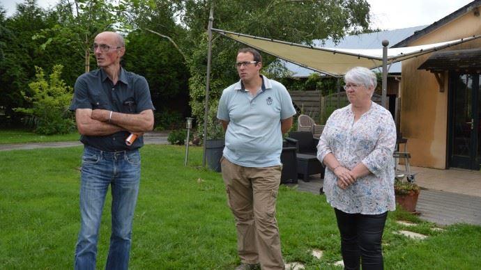 Bernard Botte est éleveur laitier à Noyal sur Vilaine (35). Avec son épouse Annie et leur fils, ils élèvent également des poulets Label rouge.