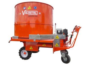 Le Flotrac de Valmetal: un hache litière automoteur