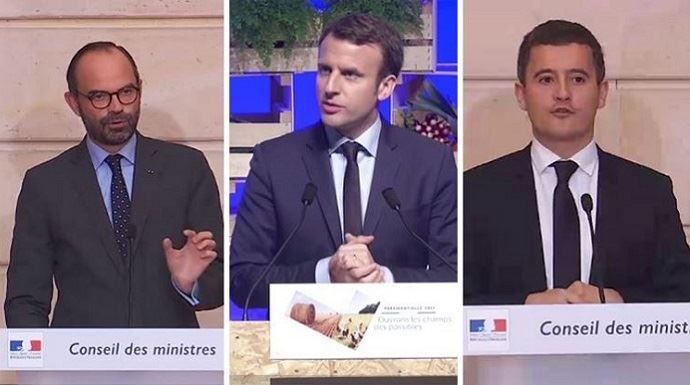 Emmanuel Macron, le 30 mars 2017, lors de son discours devant les agriculteurs à Brest. A droite et à gauche, Edouard Phhilippe et Gérald Darmanin, lors de la présentation du projet de loi pour un Etat au service d'une société de confiance, lundi 27 novembre 2017.