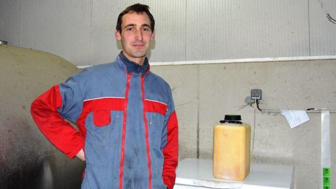Vincent Baudet, éleveur vend son surplus de colostrum à Ouest Élevage