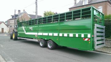 Bétaillère Danel: les vaches aussi ont droit au transport en commun!