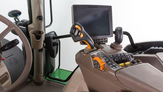 John Deere 6R, levier et terminal haut de gamme pour tous les modèles AutoPwr