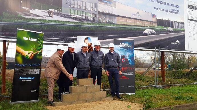 Première pierre de la filiale française d'Argo Tractors