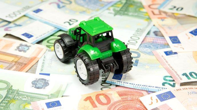 Le prélèvement à la source de l'impôt sur le revenu impliquera des prélèvements mensuels ou trimestriels pour les agriculteurs.