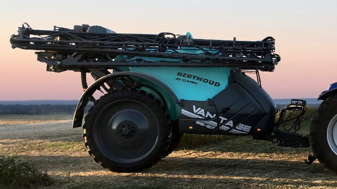 La rampe Axiale 3 bras est compact au transport pour faciliter la logistique