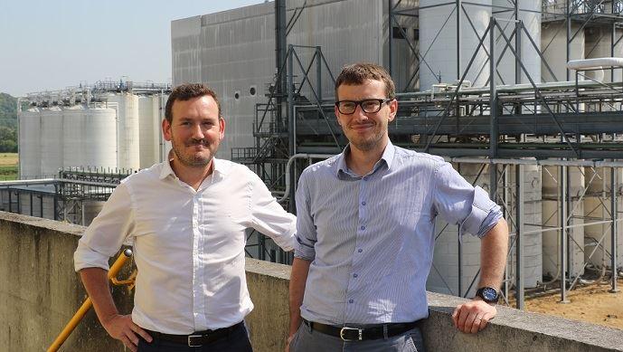 De gauche à droite: Antoine Grasser, responsable du pôle grains de Natup et Féréol Mazard, directeur de l'usine de Lillebonne, Tereos Starch & Sweeteners Europe