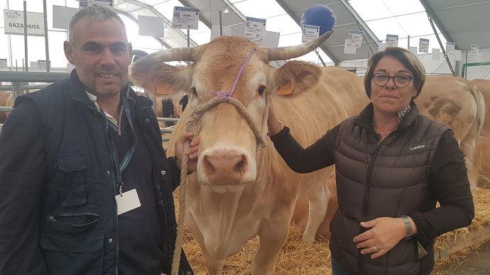 Olivier et Réjane Tarlevé, éleveurs Mayennais passionnés de Blonde d'Aquitaine, actuellement au Sommet de l'élevage 2019
