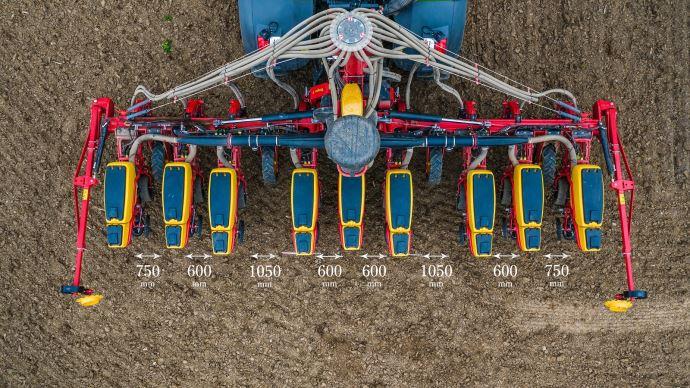 Le WideLining est un système de jalonnage pour semoir monograine qui permet d'épandre du lisier sur une culture de maïs ensilage en croissance, sans avoir à réduire le potentiel de rendement total du champ.