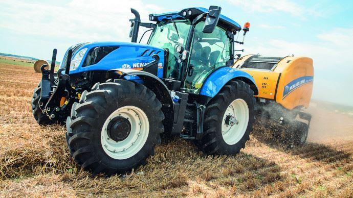 New Holland complète sa gamme de tracteurs polyvalents nommée T6 par trois modèles supplémentaires à six cylindres.