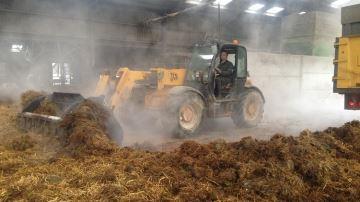 Minéraliser la litière pour une meilleure hygiène des bâtiments et du sol
