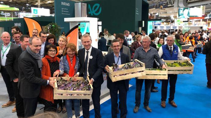 Chaine du don organisée par Solaal au salon de l'agriculture, en présence de Guillaume Garot