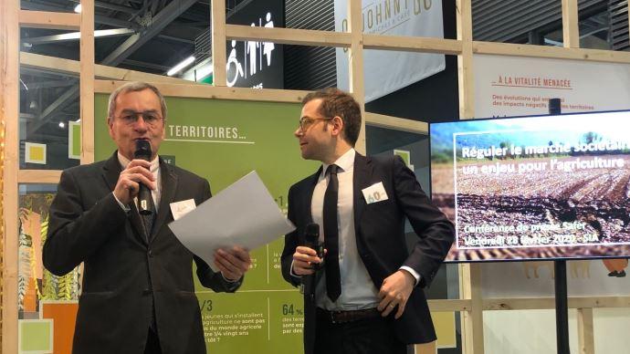 Emmanuel Hyest, présidet de la FNSafer, évoque les conséquences des dérives du marché sociétaire sur le modèle agricole français