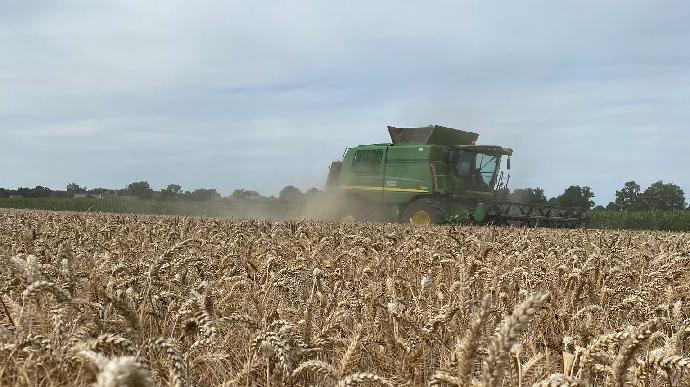 Dernière ligne droite pour la récolte de blé en France