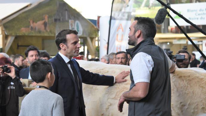 Emmanuel Macron lors de l'inauguration du salon de l'agriculture en 2020.