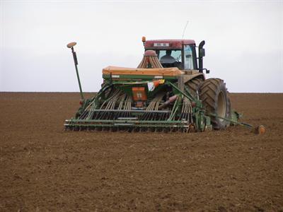 En Russie les semis de printemps vont bon train