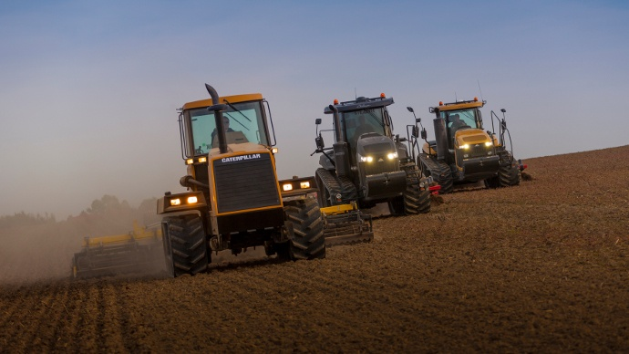 Tracteurs à chenilles Challenger : MT800E et MT700E